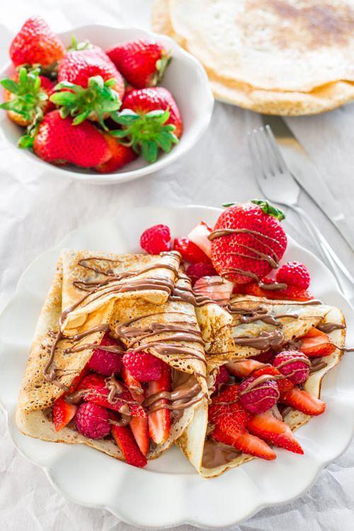 Luxury breakfast - strawberry pancakes with nutella ♥ « Luxury and Fashion