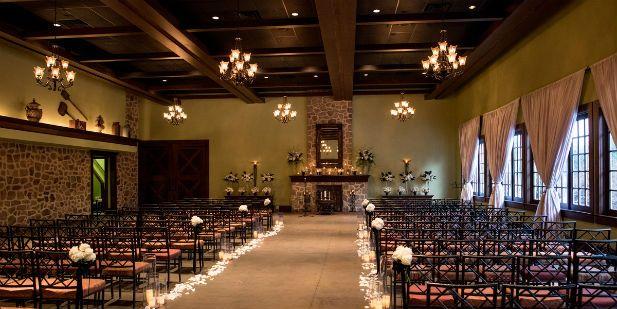 Classy Winter Wedding at The Inn at Leola Village, PA