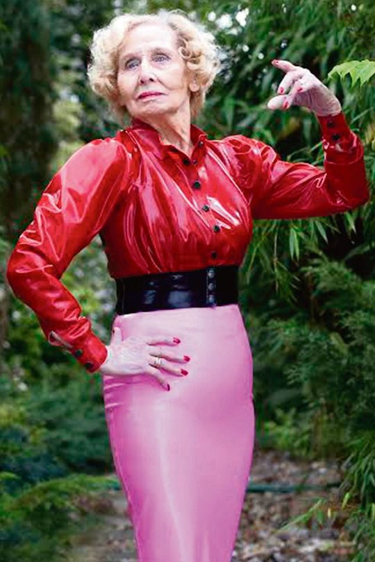 Vintage Latex Rubber And Retro Fetishes  Mature Fashion -5953