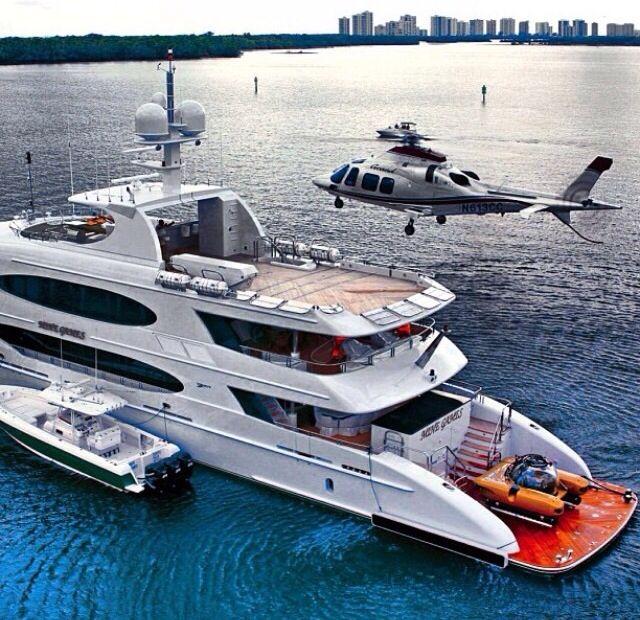 Luxury Superyacht #privateHelicopter