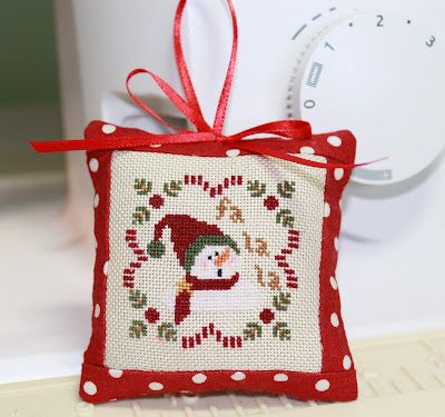 Sew Much 2 Luv: cross stitch