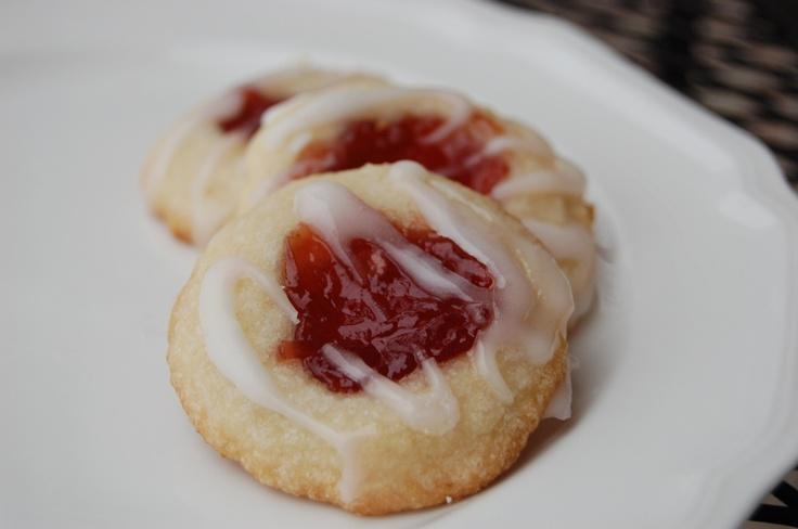 Raspberry Almond Shortbread Thumbprints | Baking | Pinterest