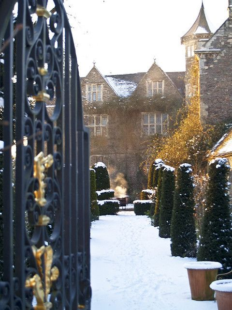Hanham Court Gardens in Winter - Gloucestershire, UK