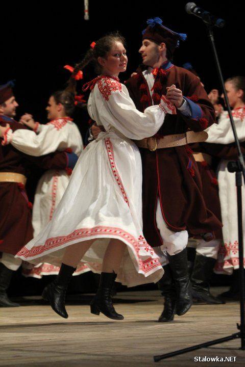 Folk costumes fromBiłgoraj, Poland.