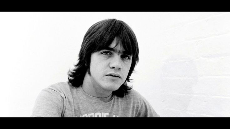 how to get malcolm young sound