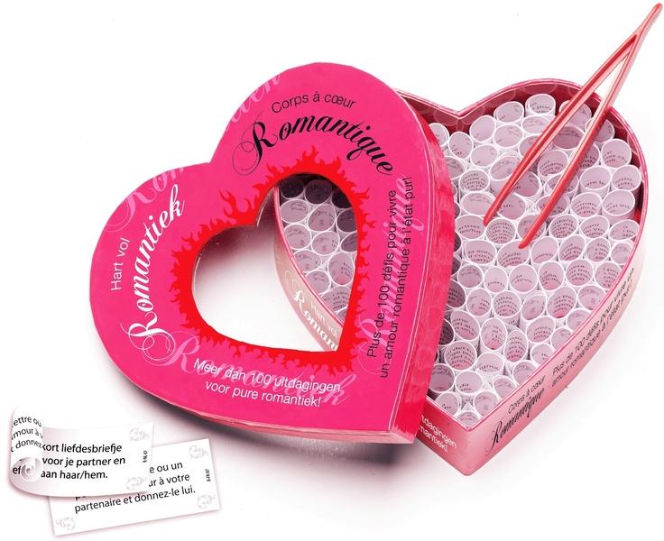 100 den farklı romantik görev içeren kağıtlardan oluşan Romantik Kutu ile aşk hayatınız çok renklenecek!  http://www.buldumbuldum.com/hediye/romantic_heart_romantik_kalp/