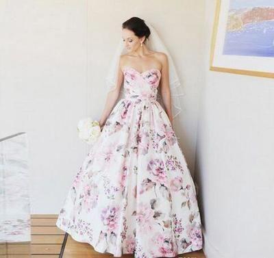 2018 Sweetheart Beautiful Floral Printed Natural Waist Custom made Ball Gown Floor Length Popular Wedding Dresses from loverlovebridal