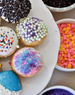 Cupcake Fondue | howsweeteats.com