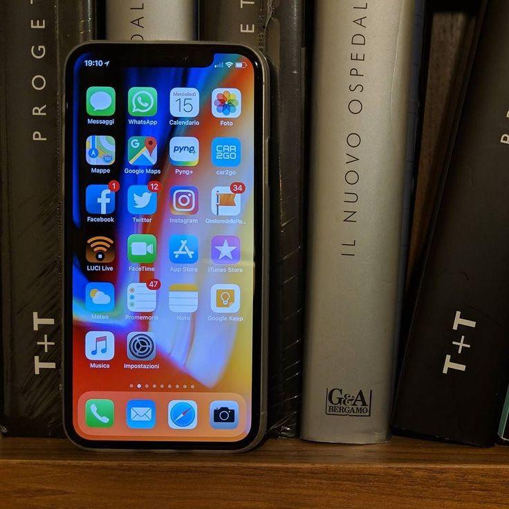 Come funziona FaceID?!? Come reagisce se lo usate al buio con un cappello oppure con il telefono appoggiato sulla scrivania?  Ecco la risposta! Qui>>> https://youtu.be/4inYtFDPlHU #iphonex #faceid #apple #iphone #ios #tech #smartphone