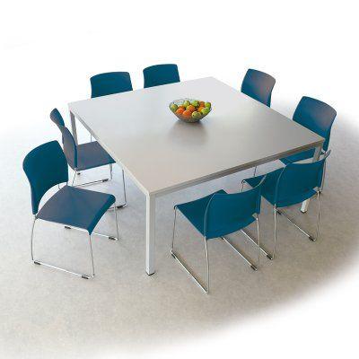 Ontmoetingstafel Sting incl. 8 stoelen in blauw, 407 euro, 140 x 140 x 75 cm hoog, meer info opgevraagd