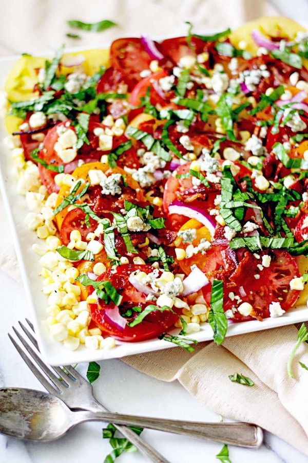 An easy weekend dinner: heirloom tomato and corn summer salad.