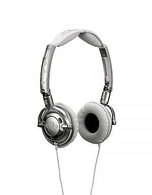 Skullcandy Lowrider Headphones - Silver No description http://www.comparestoreprices.co.uk/mens-clothing-accessories/skullcandy-lowrider-headphones--silver.asp