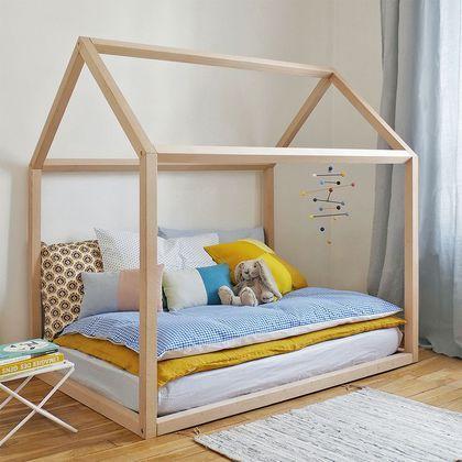 Esthétique et ludique, ce lit cabane laisse libre cours à l'imagination de votre enfant !