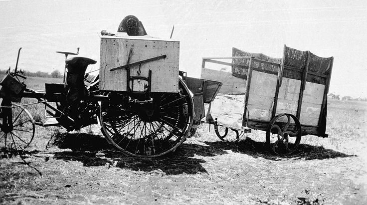 A header and home made chaff catcher, Birchip district in 1927.