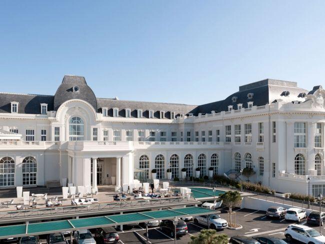 A French Seaside Hotel Gets Modern Makeover Vogue Living