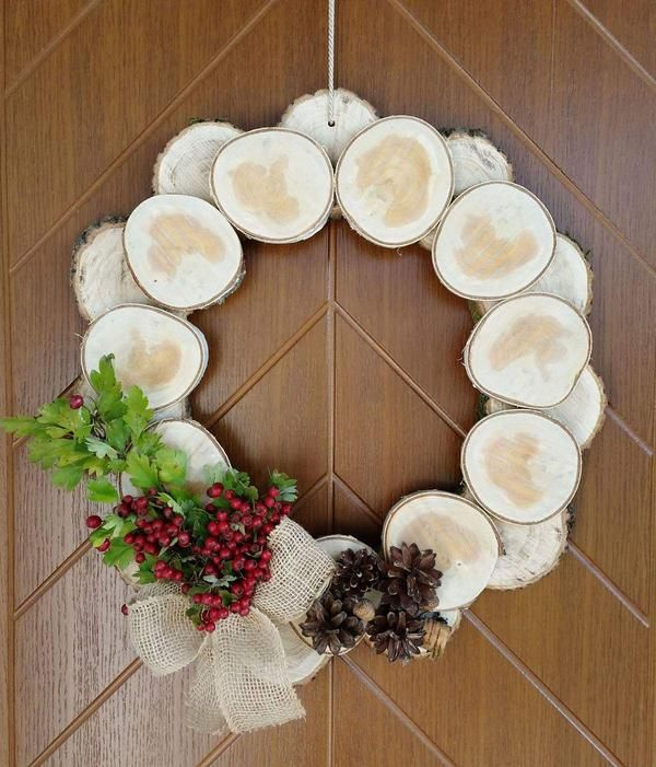Jesienna dekoracja na drzwi WIENIEC z drewna