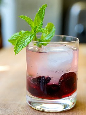 Ultimate Summer Mojito ~ black cherries, mint, lime juise, soda and rum = yum!