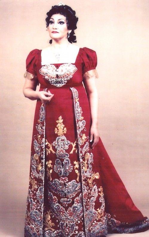 Great Romanian soprano Maria Slatinaru Nistor  -Tosca- Metropolitan Opera 1986