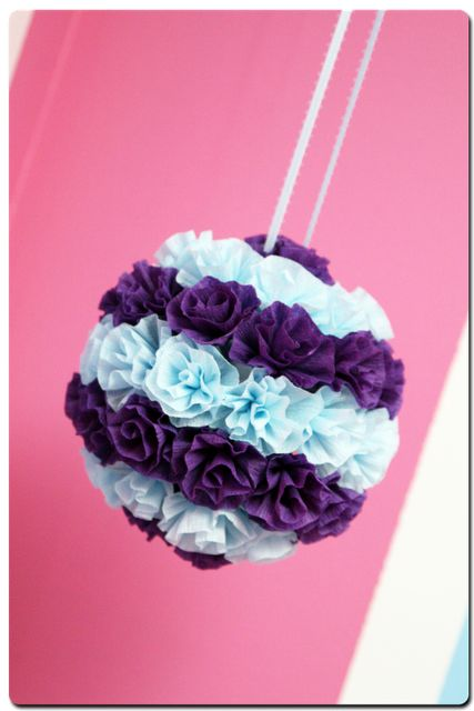 Tissue Paper flower, so easy, made these for Baylee's room! <3