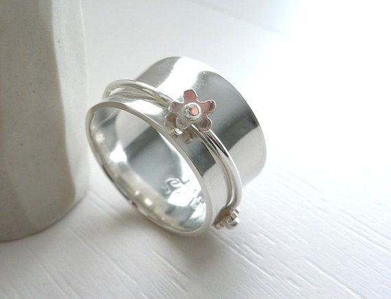 Romantic Daisy sterling Silver Spinner Ring by Stilosissima, $88.00