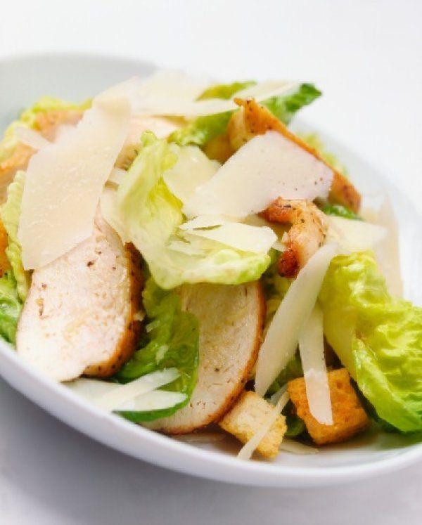 Αυτοκρατορική σαλάτα του καίσαρα για μεσημεριανό