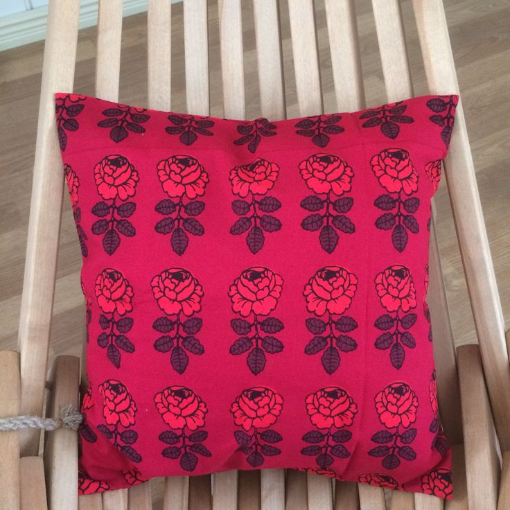 Vihkiruusu pillow cushion case, 40x40cm, 16″, Marimekko designer fabric, Finland red