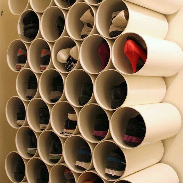 """""""Sapateira"""" feita com canos PVC.  #diy #dica #shows"""