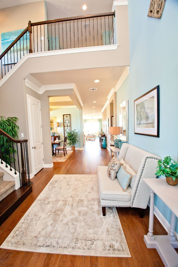 Fall In Love With An Extra Long Hall Extending From The -3931