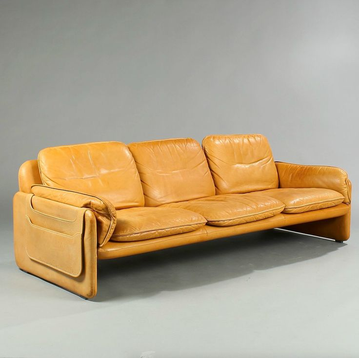 Anonymous Ds61 Leather Sofa By De Sede 1970s Couched