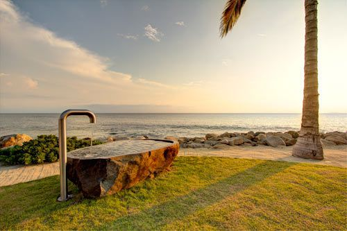 An Atypical Mexican Beach House: Casa La Punta by Elías Rizo Arquitectos Photo