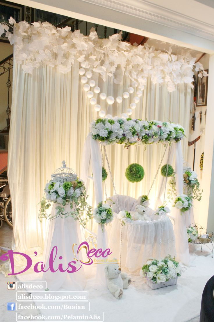 Simple deco Decoration baby cradle for naming ceremony. Pelamin buaian berendoi, cukur jambul dan full pakej aqiqah www.alisdeco.blogspot.com Wasap 012-3550657