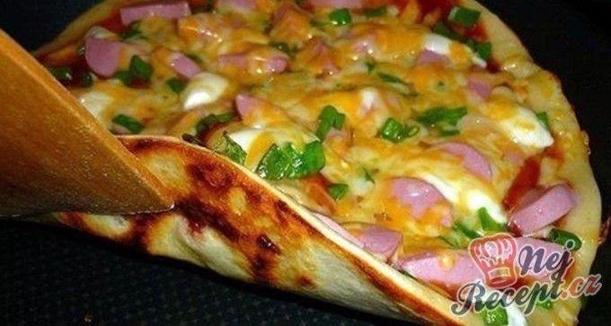Rychlá ,,pizza,, na pánvičce za 15 minut