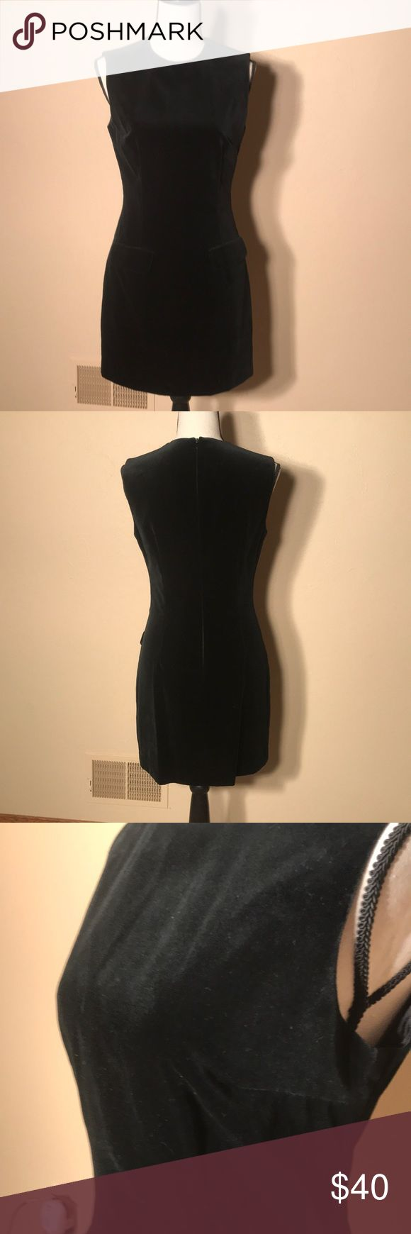 Women's black velvet sleeveless dress Women's black velvet sleeveless dress Guess Dresses Mini
