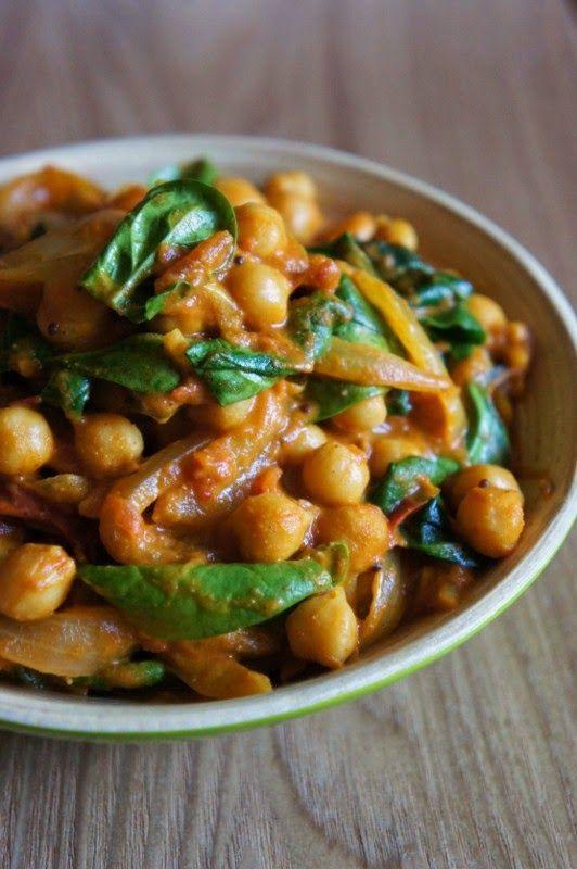 Gourmandises et Merveilles: Dahl de pois chiches aux oignons et épices (plat indien)