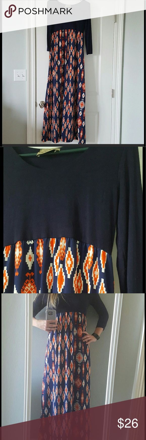 Judith March Maxi! Medium I wore this to an Auburn game. The colors would also work for Gator fans, or maybe you just like Navy and Auburn! 😊 It is from the DeJaVu Boutique, which is owned by Judith March. Good Used Condition. Lined. Judith March Dresses Maxi