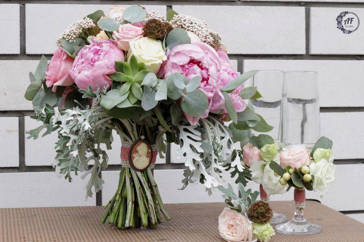 Пионы, букет из пионов, букет невесты, свадьба в Коврове, букет невесты Ковров