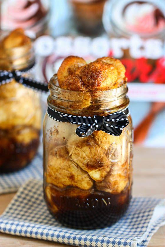 Monkey Bread in a Jar (or Cinnamon Pull-Apart Bread). Ooey gooey pieces of pastry glazed in cinnamon sugar in a neat little personal sized jar.
