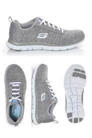 Resultado de imagen para botas deportivas skecher grises de la propaganda de las modelos e victoria secret