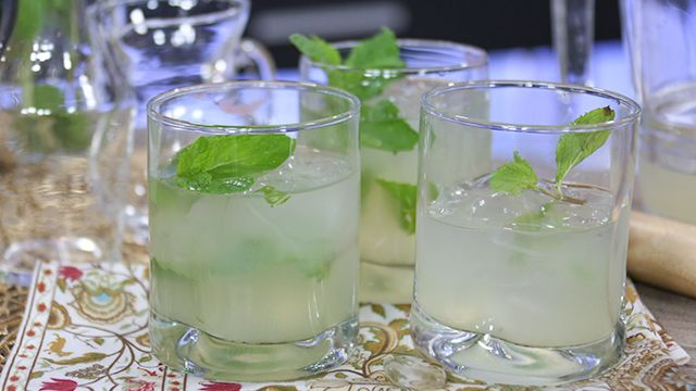 RECIPE: Coconut Mojito #LowCal #Cocktail #Recipe
