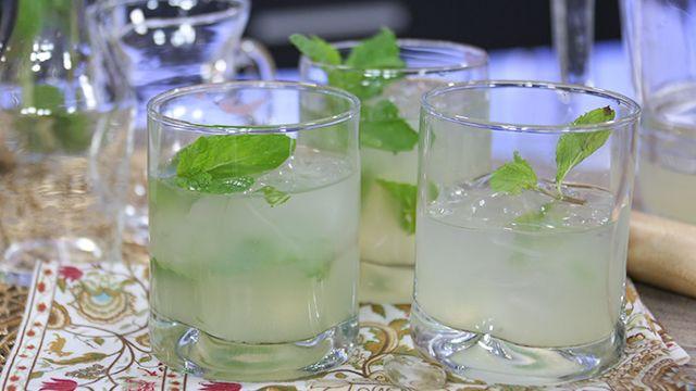 RECIPE: Coconut Mojito #LowCal #Cocktail #Recipe