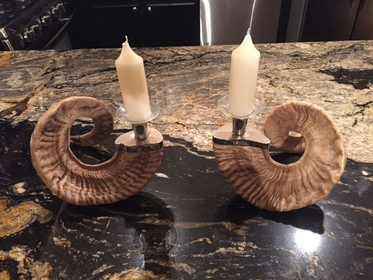 Gorgeous real ram horns. 2 horns and 2 candles are included.