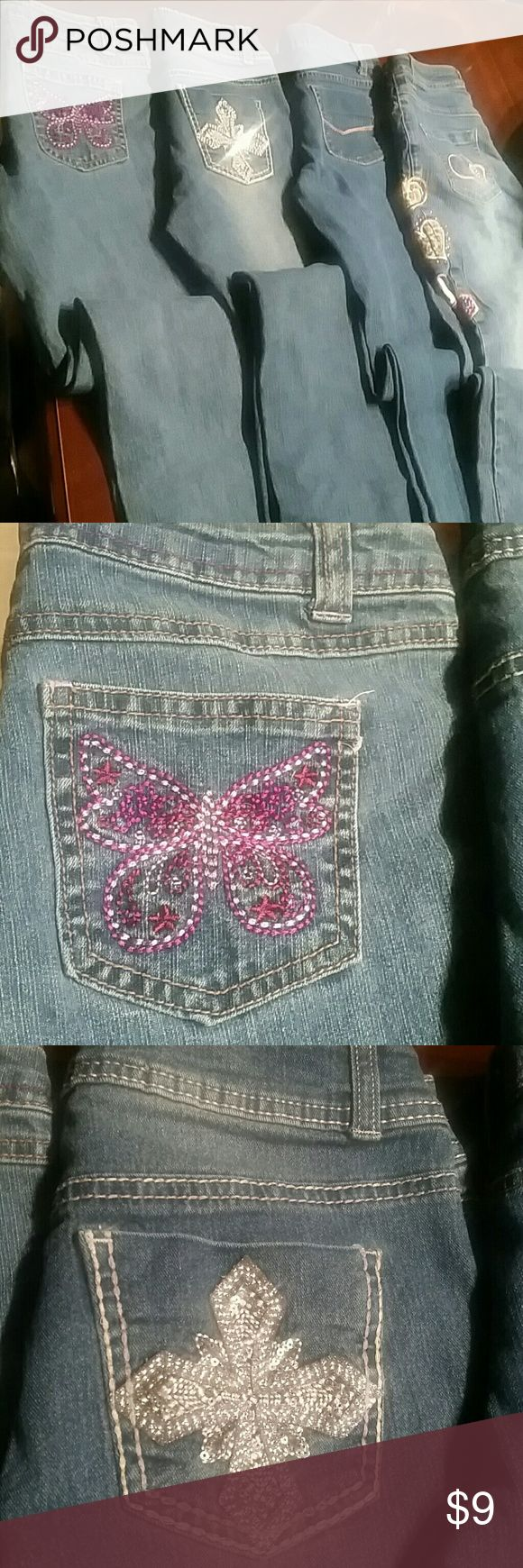 "Blue Jeans Teens size 12 Bundle Lot 4 jeans 3 each Faded Glory Jeans and 1 each Candy Coast Jean. All size 12 (Teens)  PLUS   "" FREE GIFT ""  INCLUDED !!!! Faded Glory & Candy Coast Bottoms Jeans"