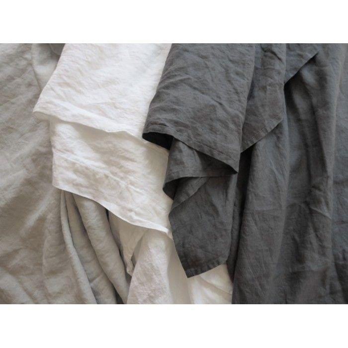 Crumpled linen look.