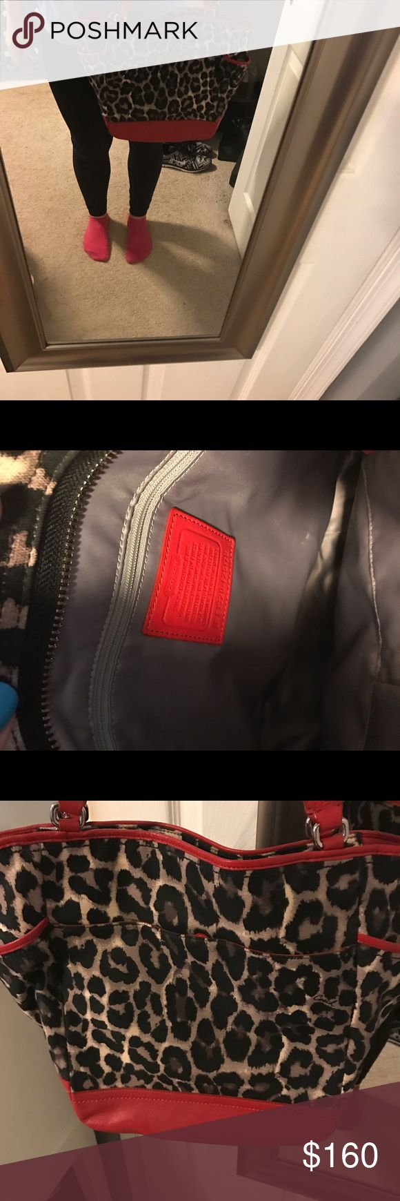 Coach tote bag In EUC Coach tote bag Coach Bags Totes