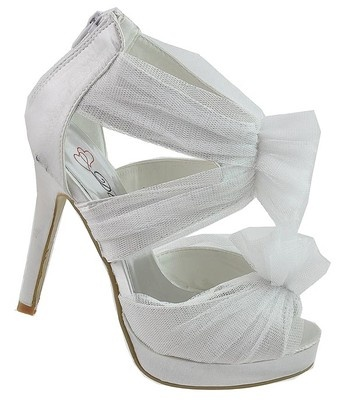 1000  images about Shoes on Pinterest | Satin, Brides and Strappy ...