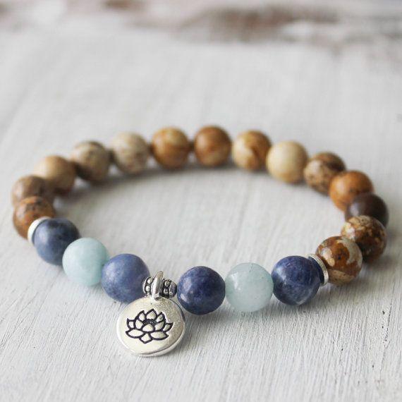 Ocean Bracelet Nature Bracelet Lotus Bracelet  par DazzleDream