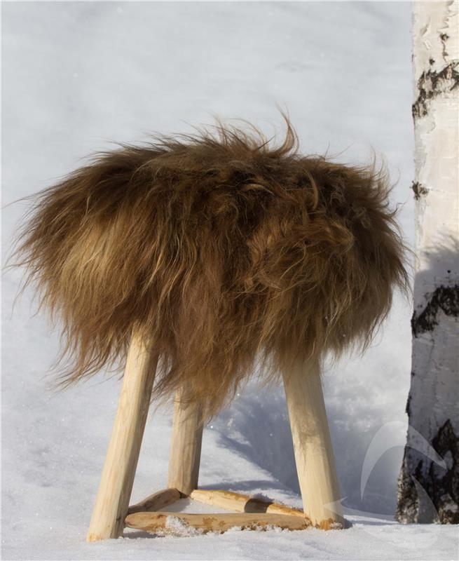 Sittelapp 40x40 cm - islandsk saueskinn med tykk langhåret ull. Gratis frakt: http://www.multitrend.no/fra-Island-sittelapp-rustbrun-Saueskinn/cat-p/c100193/p10501606