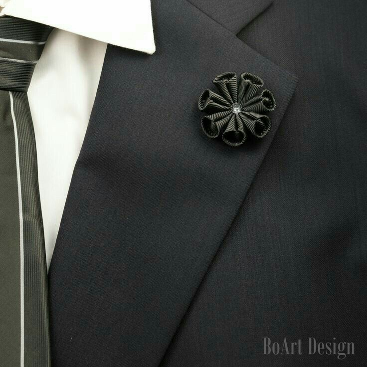 with black motif safety men brooch and pin the lapel s key keys ribbon