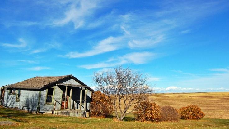 Abandoned home in Rowley, Alberta, Canada