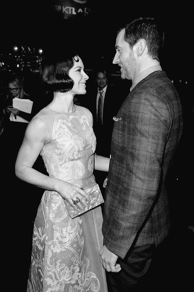 #RichardArmitage and Evangeline Lilly at The Hobbit: The Battle of the Five Armies premiere in Los Angeles, Dec. 9, 2014.